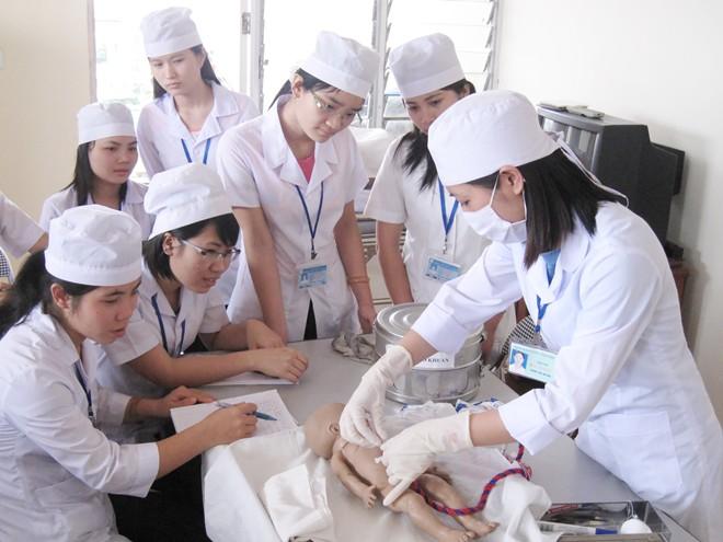 Đào tạo trình độ trung cấp y tế vẫn tồn tại trong hệ thống y tế của Việt Nam