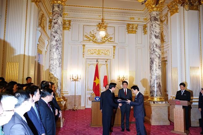 Việt Nam - Nhật Bản kết Bản ghi nhớ hợp tác về chế độ thực tập sinh kỹ năng